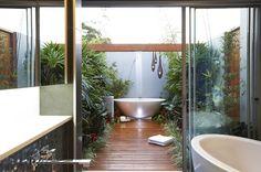 35 Ideas Of Outdoor Bathrooms That Go Into The Wild- Part 1   http://www.designrulz.com/design/2014/07/ideas-of-bathrooms-that-go-into-the-wild/