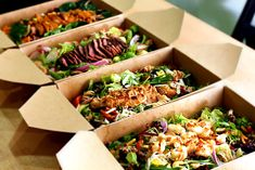 """Green Bowl in The Hague is a new """"healthy fast food express"""" concept: an affordable and healthy takeaway with 18 seats. Salad Packaging, Food Packaging Design, Takeaway Packaging, Fastfood Packaging, Takeaway Shop, Packaging Boxes, Fast Healthy Meals, Healthy Dinner Recipes, Healthy Food"""