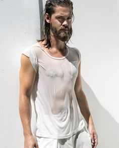 Tom Payne opens up about The Walking Dead, Comic Con, and his fellow British cast members in his exclusive interview with BAZAAR. Coach Carter, Jackie Brown, Steven Yeun, Mickey Rourke, Hayden Christensen, Andy Garcia, Miss Peregrine, Michael Keaton, Liam Neeson