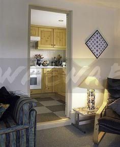 90s living room / kitchen