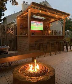 Outdoor Garden Bar, Outdoor Tiki Bar, Outdoor Kitchen Bars, Backyard Bar, Backyard Patio Designs, Bbq Hut, Bar Shed, Outside Bars, Deck Bar