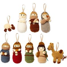 Crochet nativity ornaments - no pattern, but if you crochet you can figure it out by looking at the photo Christmas Nativity Set, Nativity Ornaments, Nativity Crafts, Christmas Ornaments, Knitted Doll Patterns, Christmas Knitting Patterns, Mistletoe And Wine, Christmas Wonderland, Knitting Projects