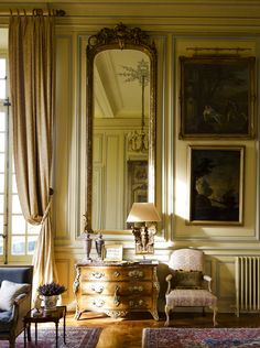 Timothy Corrigan ~ his French chateau - inspiration from blossomgraphicdesign.com #boutiquedesign