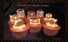 LOUIS VITTON FOR TRAVEllERS - Cake by Ana Remígio - CUPCAKES & DREAMS Portugal