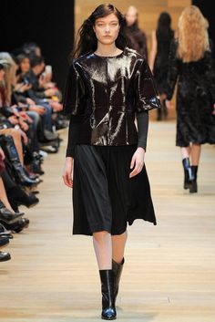 Guy Laroche Fall 2014 Ready-to-Wear - Collection - Gallery - Look 10 - Style.com