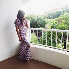 Waking up to another beautiful day in this perfectly light sundress. Hope you're having a fabulous week  / #beachgirl #beautifulhawaii