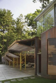 Inverted Outbuilding | Lake George, New York | GLUCK+