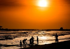 Ankobra är ett vattendrag i Ghana. Det ligger i den södra delen av landet, 240 km väster om huvudstaden Accra. Savannklimat råder i trakten. Årsmedeltemperaturen i trakten är 22 °C. Den...