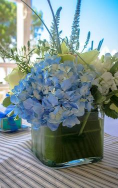 baby shower centerpiece floral