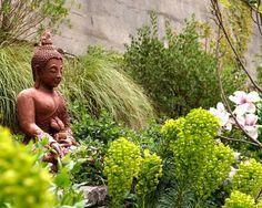 Harmonious Asian Inspired Garden Patio with Buddha Statue - Best ...