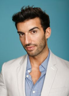 Justin Baldoni is one of the leading actors on the hit CW show, Jane the Virgin. | Can We All Take A Moment And Recognize The Beauty That Is Justin Baldoni
