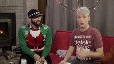 La Paire d'Écouteurs S02 Ép21 Spécial fin d'année 1ère Partie Christmas Sweaters, Album Of The Year, End Of Year, Season 2, Beginning Sounds, Christmas Jumper Dress, Tacky Sweater