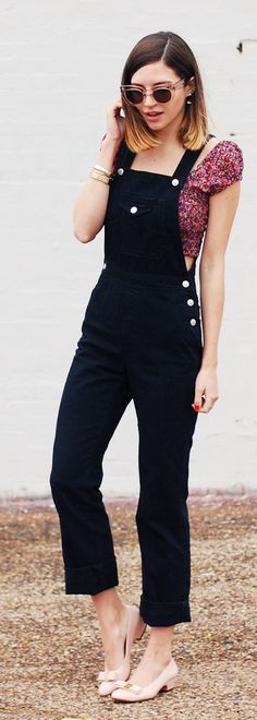 Button Accent Black Overall