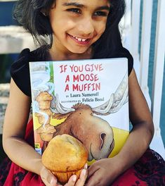In this hilarious sequel to the beloved If You Give a Mouse a Cookie, the young host is again run ragged by a surprise guest. Young readers will delight in the comic complications that follow when a little boy entertains a gregarious moose. 📸 @mykidsbookjourney