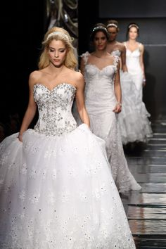 Sposa Moda Celebrity Collection Fashion Show, Photo And Video, Bridal, Luxury, Celebrities, Wedding Dresses, Collection, Instagram, Bride Dresses