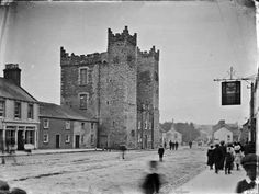 Ardee Castle, Co. Louth In Collections: Tempest Photographic Collection Format:Photo Published: [ca. 1900-1910] Subjects: Louth Glass negatives.