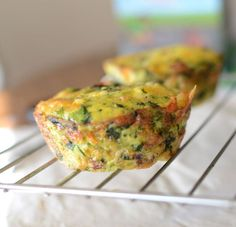 Veggie Mini Frittata - My toddler and my 10 month old both love these! I make a bunch at the beginning of the week and reheat each day for breakfast. #paleo #keto #nocarb