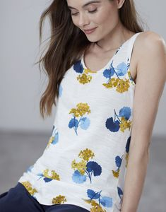 Race Day, Fashion Forward, Fashion Brands, Floral Tops, Women Wear, Spring Summer, Brand New, Casual, Collection