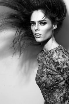 Coco Rocha Leads All-Star Judges for Mary Kay's Dream Beautiful Contest - Earthlingorgeous Photography Women, Beauty Photography, Portrait Photography, Fashion Photography, Lily Donaldson, Glamour Photo, Img Models, Vogue Fashion, 90s Fashion