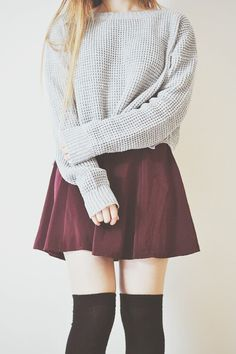 Cute casual outfit with the grey sweater, burgundy skirt, and black over the knee socks. Look Fashion, Teen Fashion, Autumn Fashion, Womens Fashion, Fashion Black, Fashion Ideas, Maroon Skirt, Burgundy Skirt, Maroon Outfit