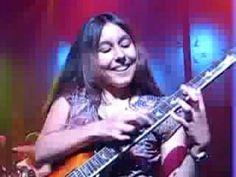 Sammy Hagar and a 15 yr old Desiree Bassett, pretty cool video Van Hagar, Red Rocker, Sammy Hagar, Female Guitarist, Smooth Jazz, Drummers, World Music, Kinds Of Music, Musicians