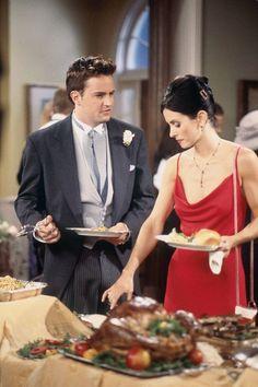 """FRIENDS -- """"The One After Ross Says Rachel"""" Episode 1 -- Pictured: Matthew Perry as Chandler Bing, Courteney Cox as Monica Geller Get premium, high resolution news photos at Getty Images Friends Tv Show, Tv: Friends, Friends Trivia, Chandler Friends, Friends Scenes, Friends Cast, Friends Moments, Friends Season, Friends Forever"""