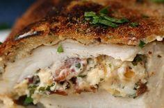 Preview: Impressione com este frango à milanesa recheado com bacon cremoso
