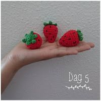 Other Diy Ideas, Crochet Food, Korn, Photo And Video, Knitting, Floral, Instagram, Knits, Diy