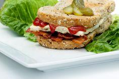 Ένα sandwich με ομελέτα από ασπράδια σε περιμένει - http://ipop.gr/sintages/orektika/ena-sandwich-me-omeleta-apo-aspradia-se-perimeni/