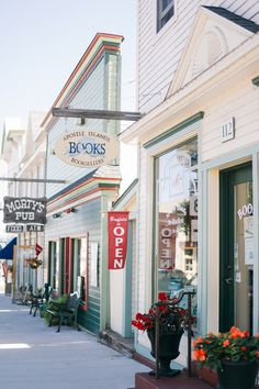 Bayfield, Wisconsin (I love that bookstore)
