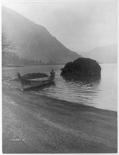 Edward Curtis Collection, Washington State photos in the Library of Congress. The middle Columbia