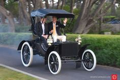 All smiles from Barry Meguiar in his 1904 Duryea Four-Wheel Phaeton