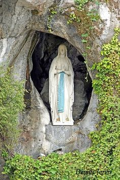 Santa Virgine