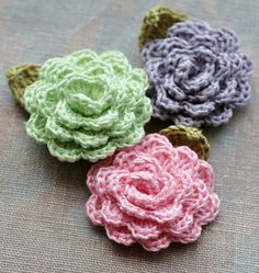 Crochet Linen Flowers Brooches  set of 3 by namolio on Etsy, $14.35