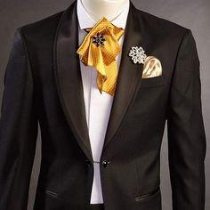 👔 Fie că ai un eveniment important în viață sau doar vrei o ținută elegantă, casual sau business, Narman îți este alături în alegerea ținutei perfecte, până la cel mai mic detaliu. 0784 11 22 36 sau 0765 338 031 www.ginere.ro sau www.costume-narman.ro ✅ În fiecare zi din an la noi veți găsi costumul potrivit, atât pe stoc(ready to wear) cât și pe comandă(made to measure). La cererea clientului, Narman Uomo vă oferă serviciul de aplicat cristale de tip Swarovski pe reverul costumelor… Tuxedo Wedding, Bride Groom, Shawl, Costumes, Blazer, Suits, Jackets, Fashion, Atelier