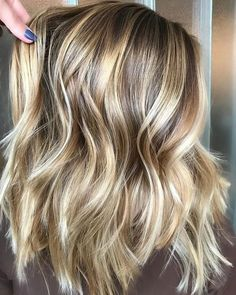 33 Natural Balayage Ombre Hair Color Trends for 2018 Ombre Hair Color, Hair Color Balayage, Blonde Balayage, Hair Highlights, Thick Blonde Highlights, Color Highlights, Brown Blonde, Hair Colour, All Over Highlights