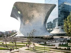 Museo Soumaya, designed by Mexican architect Fernando Romero and funded by Mexican billionaire Carlos Slim (Soumaya was the name of his late wife), is an eruptive, undulating pair of buildings in the posh Polanco neighborhood. The silver structure pictured here is known as the Plaza Corso. It houses the modern section of the Museo Soumaya's extensive art collection. When it opened in 2011, it created a huge splash and is now the most-visited art museum in the entire country.