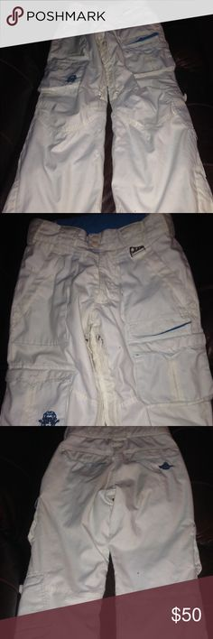 Super cute SIMMS womens XS snow ski pants Super cute SIMMS womens XS snow ski pants. *lower leg pocket has loose button-easy fix (see last pic). Simms Other