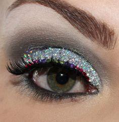 Glitter - Eye make-up Cheerleading Makeup, Cheer Makeup, Love Makeup, Makeup Art, Makeup Looks, Fairy Makeup, Mermaid Makeup, Crazy Makeup, Makeup Geek