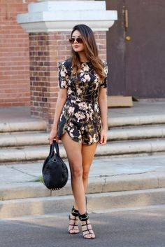 Romper outfit has become very popular around the world and perhaps you have an idea about them.here are some Cute Romper Outfit Ideas. Spring Work Outfits, Cool Summer Outfits, Outfit Summer, Spring Fashion, Girl Fashion, Fashion Outfits, Fashion Trends, Woman Outfits, Fashion 2018
