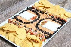 Basketball-themed snack trays