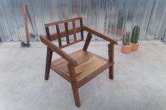 Taglialegna Chair  - www.cazzacriativa.com