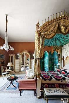 Ireland's Historic Birr Castle Receives a Chic Makeover - Architectural Digest Castle Rooms, Castle Bedroom, Castle House, Home Design, Global Design, Traditional Bedroom, Traditional Homes, Traditional Kitchens, Architectural Digest