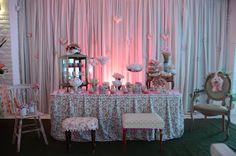 http://www.blogencontrandoideias.com/2012/06/festa-das-bonecas-tildas.html
