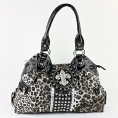 NEW !! BEAUTIFUL FLEUR DE LIS LEOPARD PRINT PURSE.  HAS ZIP TOP CLOSURE.  MEASURES APPROX. 18 INCHES WIDE BY 10 INCHES TALL AND 5.5 INCHES DEEP. REALLY PRETTY!!!!