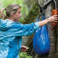 LEVEL WATER: The Katadyn base camp water filter system. The bag holds and purifies gallons of Or you can buy katadyn's microPur tablets. Use 1 per quart of water. Takes 4 hrs to work. Survival Food, Emergency Preparedness, Survival Tips, Emergency Kits, Canoe Camping, Camping Life, Camping Ideas, Outdoor Camping, Katadyn Water Filter