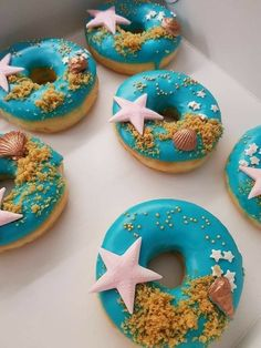 Mini Donuts, Fancy Donuts, Cute Donuts, Baked Donuts, Donuts Donuts, Doughnut, Cute Desserts, Dessert Recipes, Dessert Food