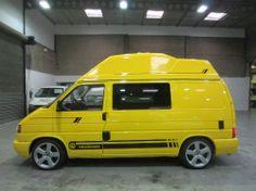 Cool High top 1 Vw T5, Volkswagen, Campervan Interior, Campervan Ideas, Cool High Tops, Hi Top Vans, T4 Camper, T4 Transporter, Cool Campers