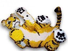 LEGO Tiger by Bright Bricks