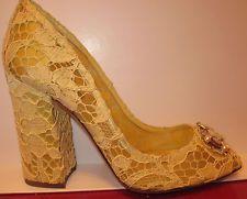 New $3,100 DOLCE & GABBANA Runway Cameo Yellow Lace Pumps Shoes s.EU39 / US9